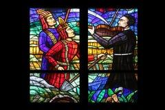 Amerika fönster i Votiv Kirche i Wien Royaltyfri Bild