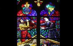 Amerika fönster i Votiv Kirche i Wien Royaltyfri Fotografi