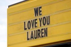 Amerika-Idol Lauren 2011 Alania Lizenzfreie Stockfotografie