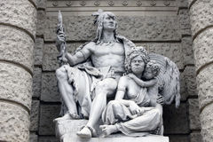 Amerika und Australien, Statuen, die Verkörperungen der Kontinente darstellen Naturhistorisches Museum, Wien lizenzfreies stockbild