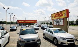 Amerikaans Autocentrum royalty-vrije stock afbeeldingen