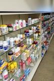 Amerikaanse apotheek, over de toonbank Stock Fotografie