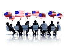 Amerikaanse Bedrijfsmensen die een Vergadering hebben Royalty-vrije Stock Foto