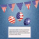 Amerikaanse bunting en ballons op denimachtergrond met tekst Stock Foto