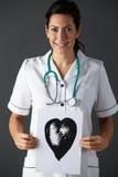 Amerikaanse de inkttekening van de verpleegstersholding van hart stock fotografie