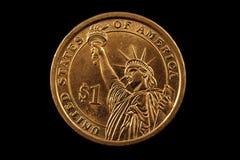 Amerikaanse die Dollarmuntstuk op een Zwarte Achtergrond wordt geïsoleerd Royalty-vrije Stock Foto