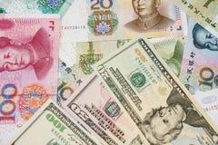 Amerikaanse dollar en Chinese yuans Royalty-vrije Stock Foto