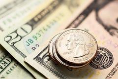 Amerikaanse dollars en centen Royalty-vrije Stock Afbeeldingen