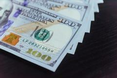 Amerikaanse dollars Honderd Dollarsbankbiljetten, 100 Royalty-vrije Stock Afbeelding