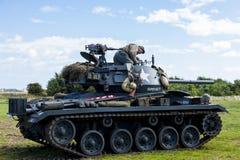 Amerikaanse Lichte Chaffee Tank en bemanning stock afbeelding