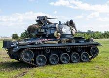 Amerikaanse Lichte Chaffee Tank en bemanning royalty-vrije stock fotografie