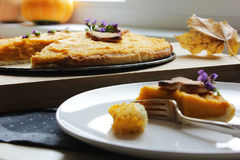 Amerikaanse pastei met pompoen en mascarpone Royalty-vrije Stock Afbeeldingen