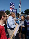Amerikaanse Politican die voor Herverkiezing, Bob Menendez, de Senator van Verenigde Staten van New Jersey een campagne voeren royalty-vrije stock foto