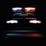 Amerikaanse politiewagen bij nacht royalty-vrije illustratie