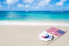 Amerikaanse vakantieachtergrond met hoed royalty-vrije stock foto's