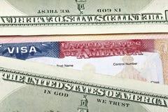 Amerikaanse visum en Amerikaanse dollars Stock Foto's
