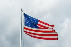 Amerikaanse Vlag die in de wind golft Royalty-vrije Stock Afbeelding