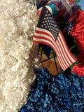 Amerikaanse Vlag in een Rode, Witte, en Blauwe Herdenkingskroon Royalty-vrije Stock Foto's