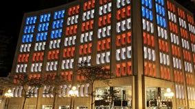 Amerikaanse Vlag in gekleurde Vensters stock videobeelden