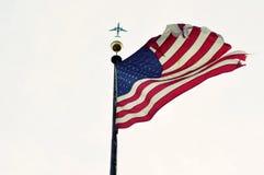 Amerikaanse Vlag met een vliegtuig Royalty-vrije Stock Foto's