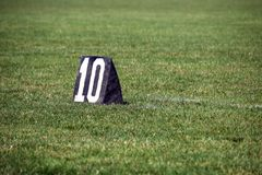 Amerikaanse voetbal 10 yard lijnteller Royalty-vrije Stock Fotografie