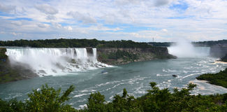 Amerikan- och hästskonedgångar, från Niagara Falls, Ontario Arkivbild