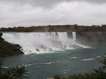 Amerikanen faller Niagara Arkivbilder