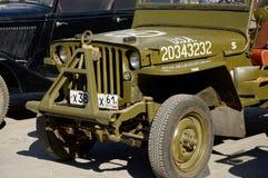 Amerikaner SUV Willys MB auf der Ausstellung von alten Militärautos Feier von Victory Day Rostov-On-Don, Russland Mai kommen zum  Lizenzfreie Stockfotografie