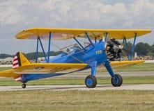 AMERIKANISCHE Armee-Bi-Flugzeug-Kämpfer auf Laufbahn Stockfoto