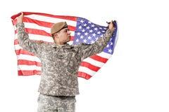 AMERIKANISCHE Armee-Förster mit amerikanischer Flagge Lizenzfreie Stockbilder