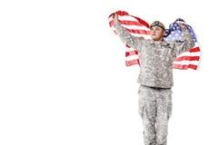 AMERIKANISCHE Armee-Förster mit amerikanischer Flagge Lizenzfreies Stockbild
