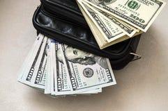 100 amerikanische Dollar der Bilder in der Tasche, Dollarbilder in der Geldgeldbörse, Stockfotografie