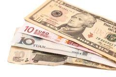 Amerikanische Dollar, europäischer Euro, chinesischer Yuan und russischer Rubel Stockbild