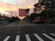 Amerikanische Flagge auf Gerritsen-Strand-Allee Stockbild
