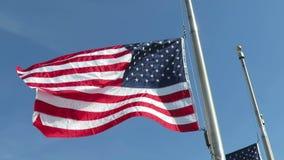 Amerikanische Flagge im Wind stock video