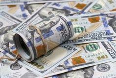 Amerikanische hundert Dollarscheine Nahaufnahme, Geldhintergrund lizenzfreie stockfotos
