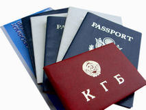 Amerikanische u. russische Dokumente lizenzfreies stockbild