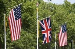 Amerikanische und britische Markierungsfahnen Stockfoto