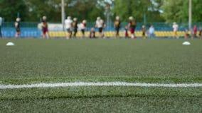 Amerikanischer Fußball Glatter und langsamer Schieberschuß stock footage