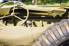 Amerikanischer Jeep von hinten Lizenzfreie Stockfotografie