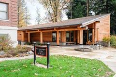 Amerikanischer Ureinwohner Longhouse, Staat Oregons-Universität, Corvallis lizenzfreies stockfoto