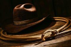 Amerikanischer Westrodeo-Cowboy Lariat Lasso und Hut Stockbild