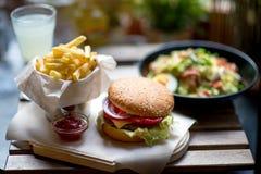 Amerikanisches Mittagessen stockfoto