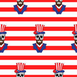 Amerikanisches nahtloses Muster mit den Schädeln mit einem Bart im amerikanischen Hut Stockfotografie
