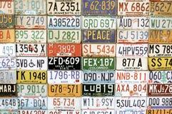 Amerikanmedelregistreringsskyltar Arkivbild