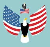 amerikansk örn Mest kraftig fågel och USA-flagga emblem Royaltyfria Bilder