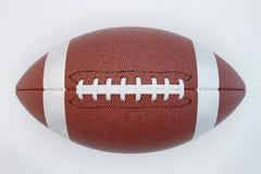 Amerikansk fotboll som isoleras på vit bakgrund med urklippbanan Super Bowl Top beskådar royaltyfri illustrationer