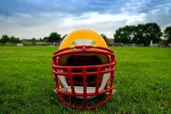 amerikansk fotbollhjälm Royaltyfria Bilder