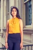 Amerikansk högskolestudent för östlig indier i New York royaltyfria foton