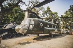 Amerikansk helikopter p? krigkvarlevamuseet, ett krigmuseum i omr?de 3 i Ho Chi Minh City arkivfoton